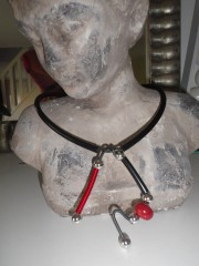 collier rouge 031.JPG